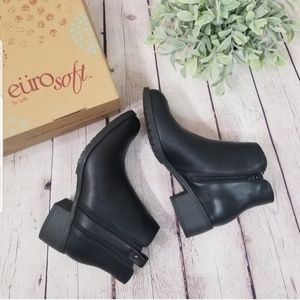 Euro Sofft New in box black boots booties size 8.5